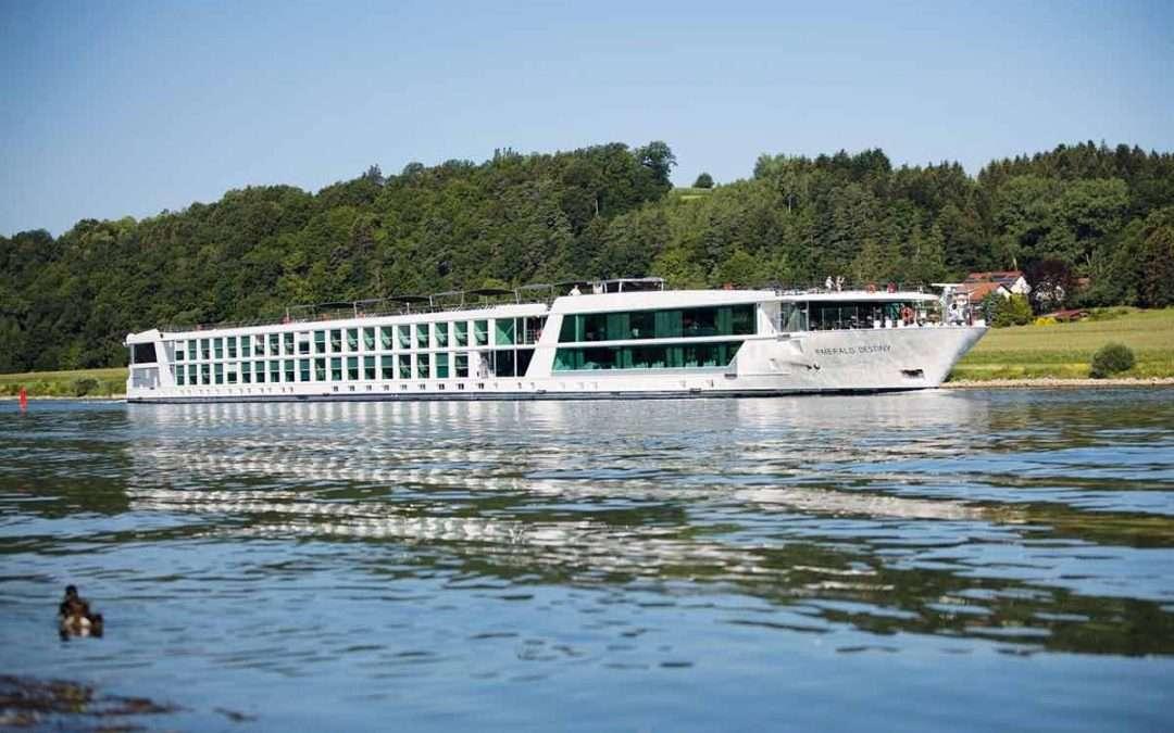 emerald-destiny-river-cruise-vacation